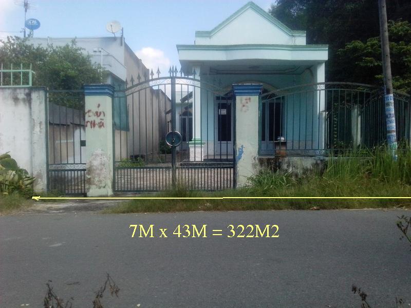 Bán nhà khu phố 3 thị trấn Củ Chi Tp HCM 7mx43m= 322m2(đất thổ cư),giá 990 triệu(c. Lành 0974924839).